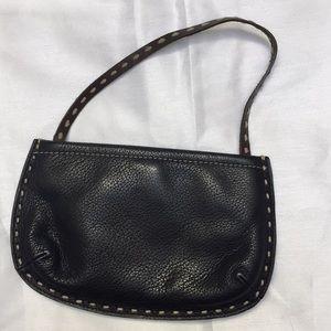 Vtg Gap leather with strap handbag